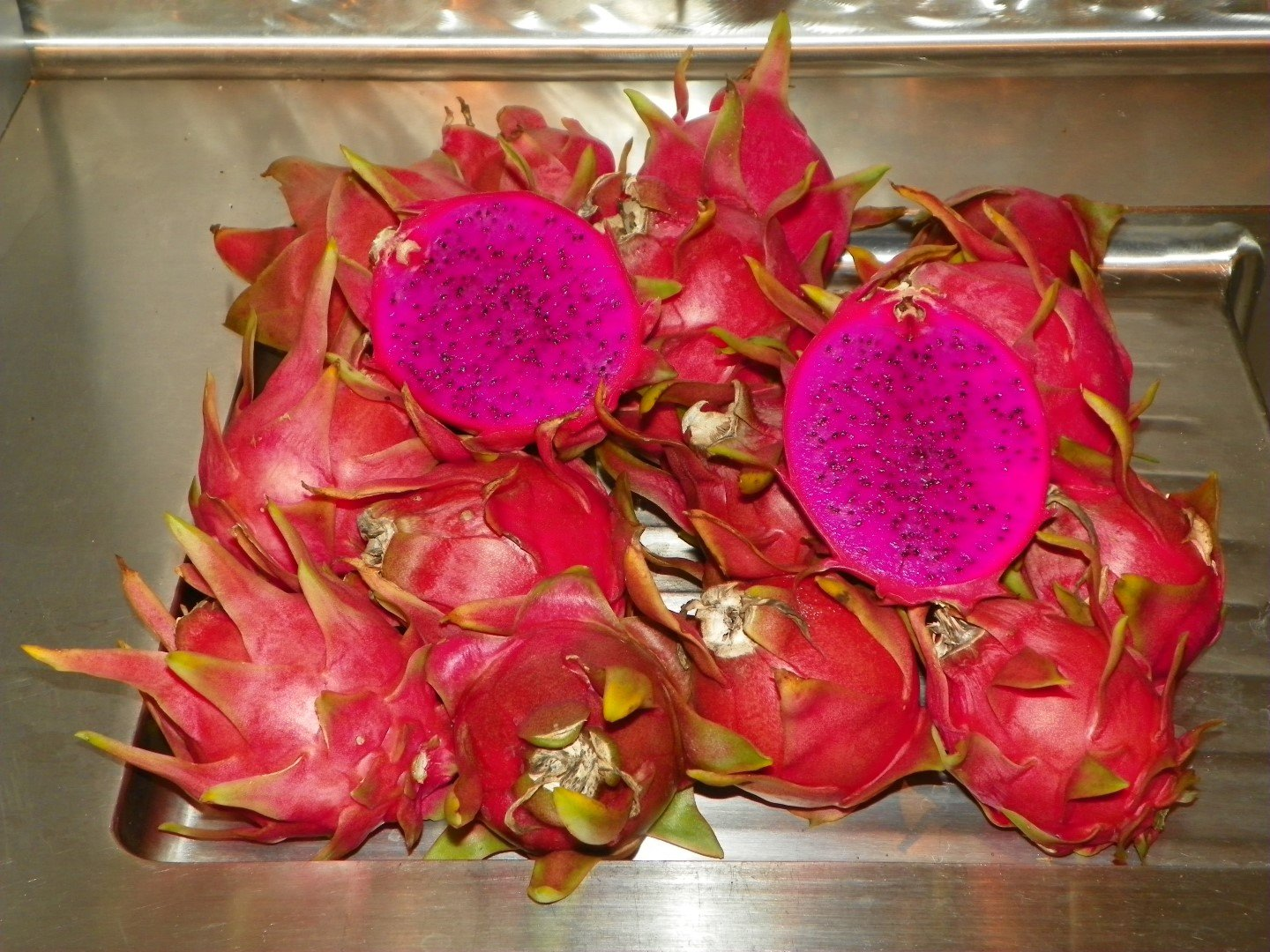 Dragon Fruit variety Dark Star fruit sliced harvist