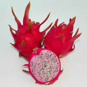 Dragon Fruit variety Delight fruit sliced