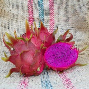 Dragon Fruit variety Dark Star fruit sliced