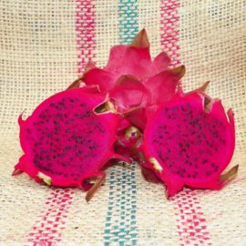Dragon Fruit variety Makisupa fruit sliced