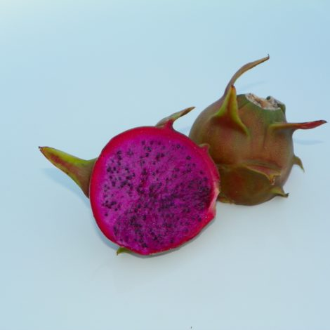 Dragon Fruit variety Rixford fruit sliced