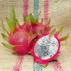 Dragon Fruit variety Vietnamese White fruit sliced